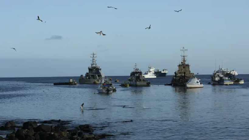 hundreds of chinese fishing vessels spotted near galapagos islands ecuador threatening to destroy wildlife