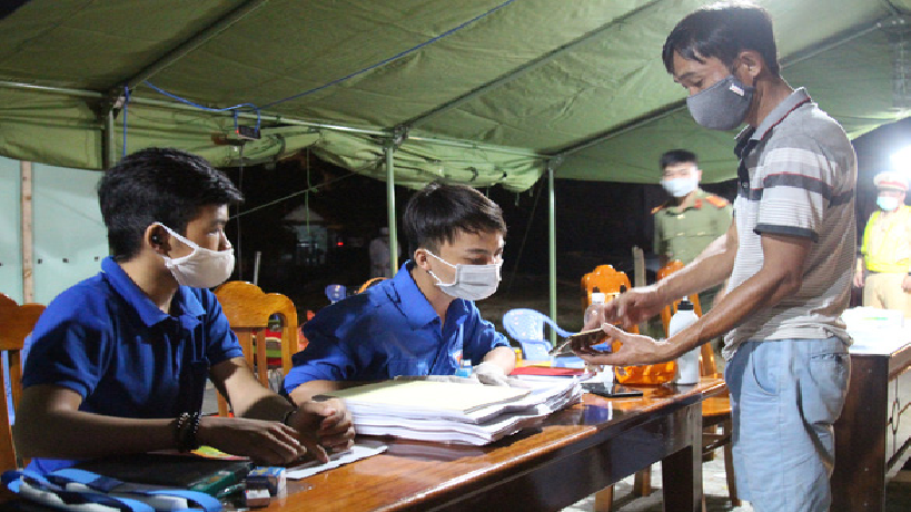 the covid 19 combat joined volunteerly by 5500 youngsters in da nang