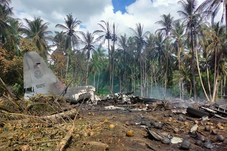 According to the military, the three pilots who were on board the aircraft survived the crash but were seriously injured  [Joint Task Force-Sulu / AFP]