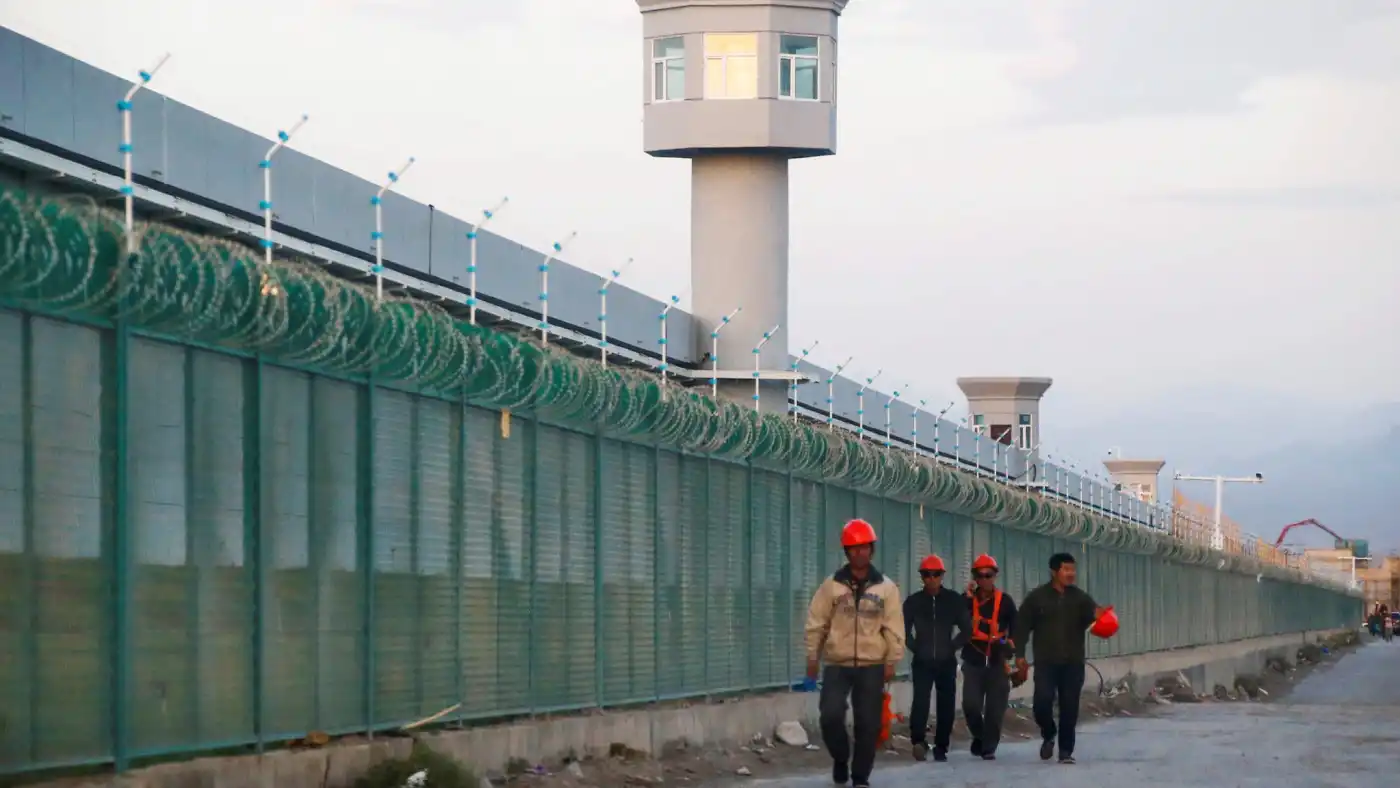 US adds 14 Chinese firms to economic black list over Xinjiang