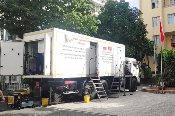 Vietnam-Russia Tropical Centre helps HCM City with Covid-19 testing