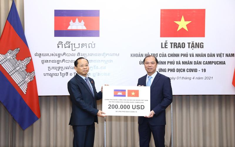 Vietnam-Cambodia Friendship Consolidated amidst Covid-19