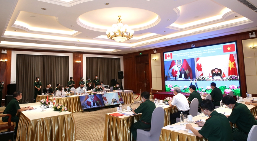 Vietnam, Canada Discuss South China Sea Issue at First Defense Policy Dialogue