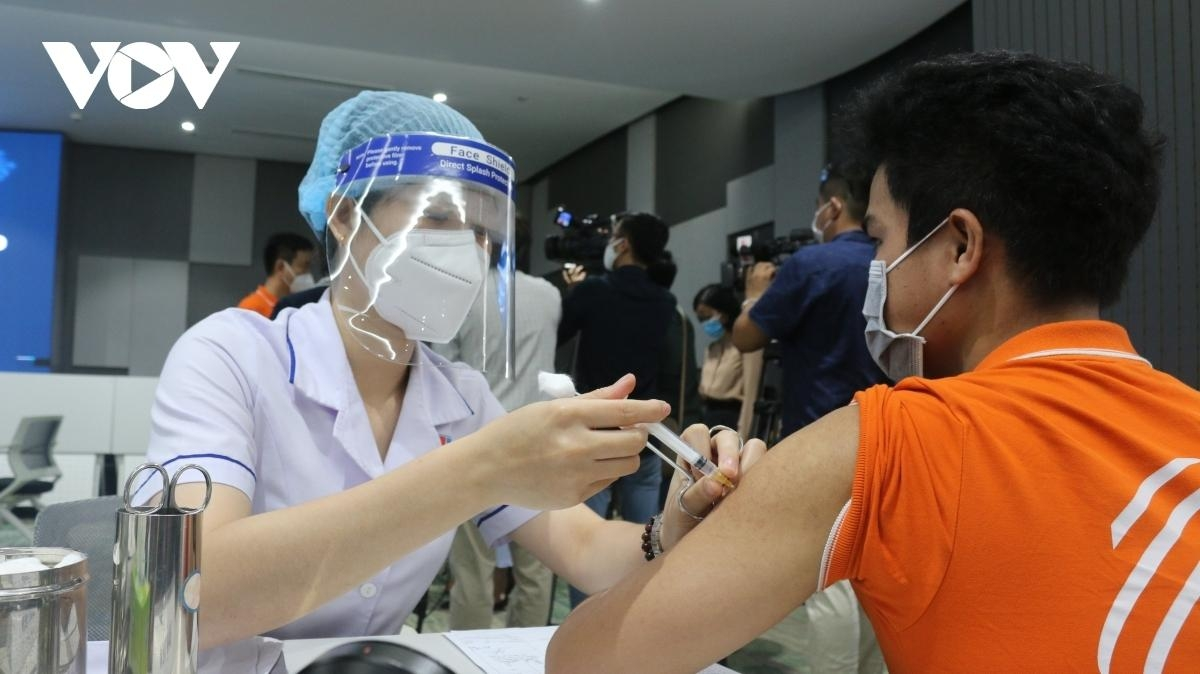 Vingroup Builds Vaccine Plant Amidst Covid-19 Infection Surge