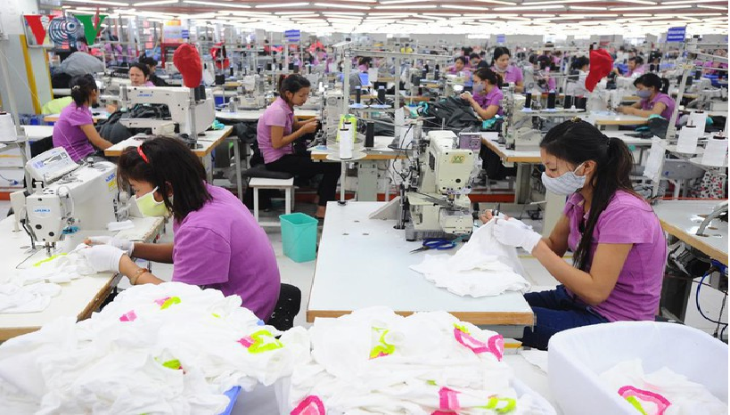 vietnam economy expects to stay resolved prevent negative economic growth