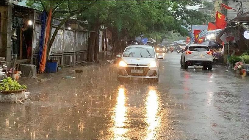 typhoon hagupit triggers torrential rains in northern vietnam