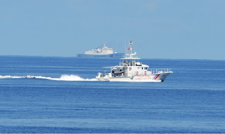 philippines minister chinas nine dash line is a fabrication