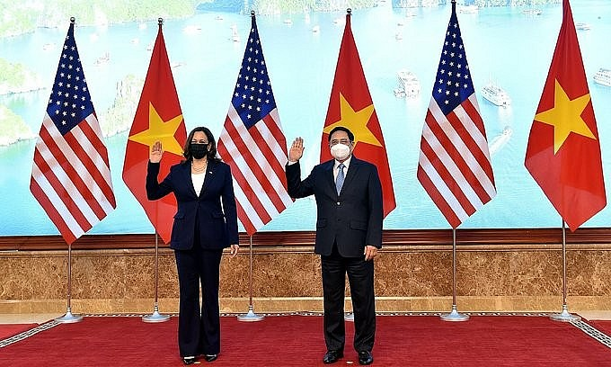 U.S. Vice President Kamala Harris and Vietnam's Prime Minister Pham Minh Chinh during a meeting at the Government Office in Hanoi, August 25, 2021. Photo by VnExpress/Giang Huy