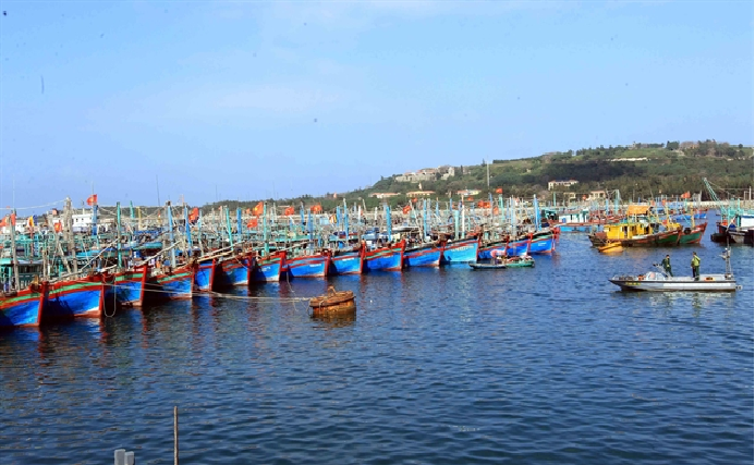 Fishermen asked to operate within Vietnam's waters as deal with China in Tonkin Gulf expires