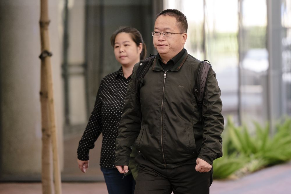 us sentences chinese professor to18 months in prison for theft espionage