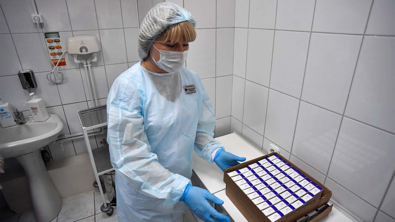 Leading scientists question 'highly improbable' Russian vaccine
