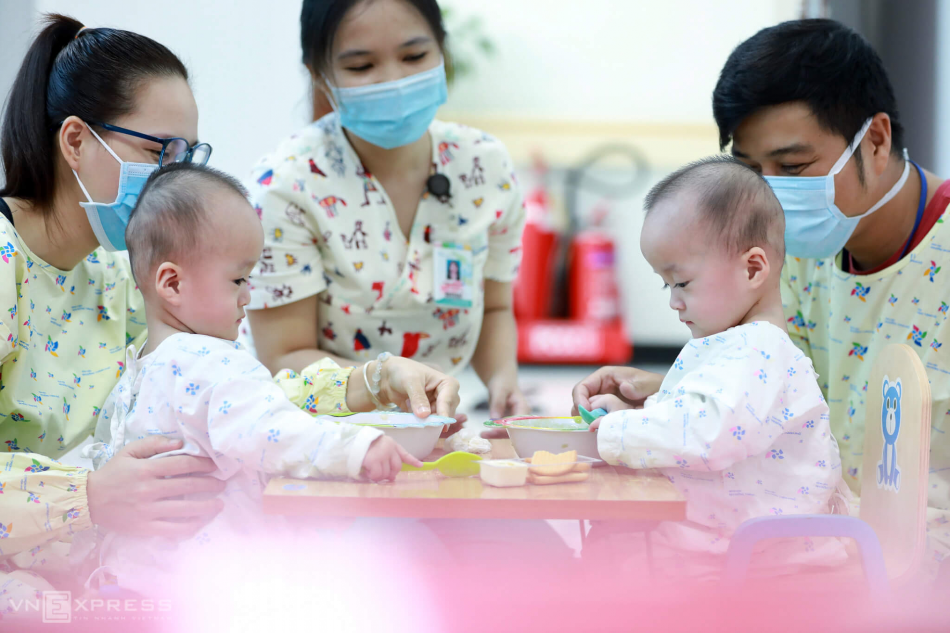 vietnamese conjoined twins learn to stand after successful surgery