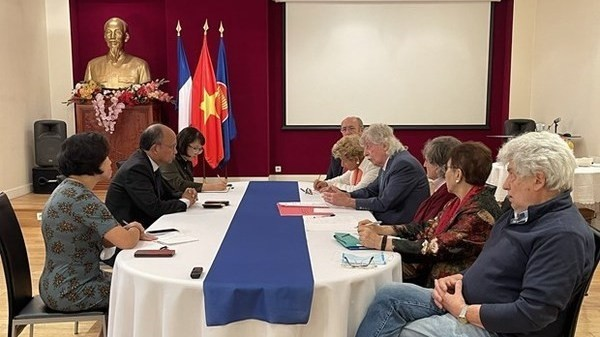 Association Contributes to Strengthening Vietnam-France Friendship