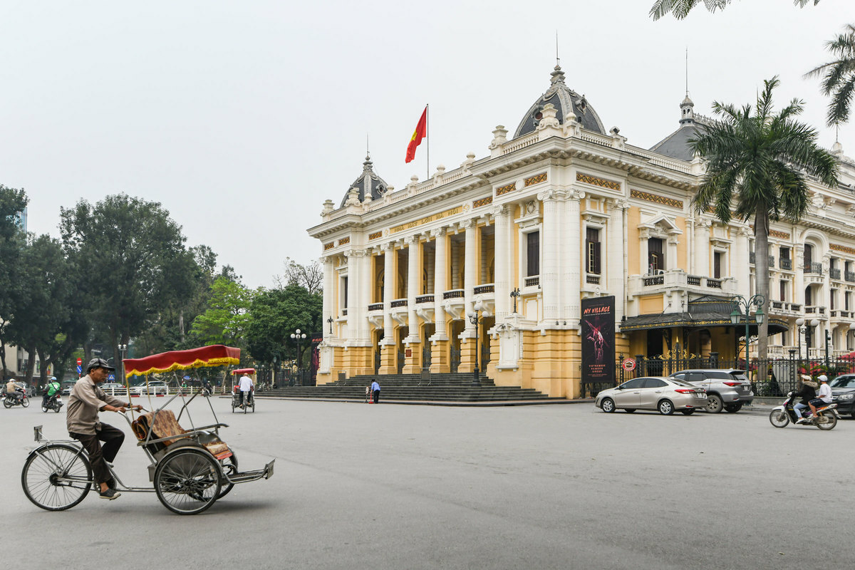 new japananese pm suga mulls october visit to vietnam