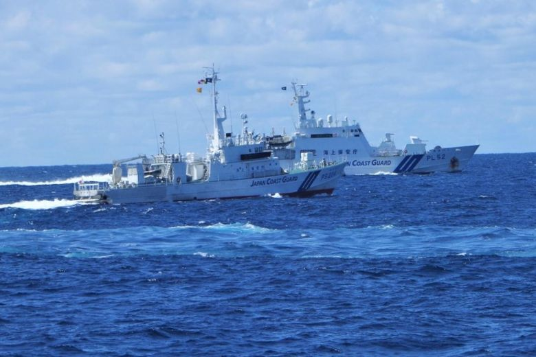 japan coast guard chinese vessels sail near disputed islands in east china sea