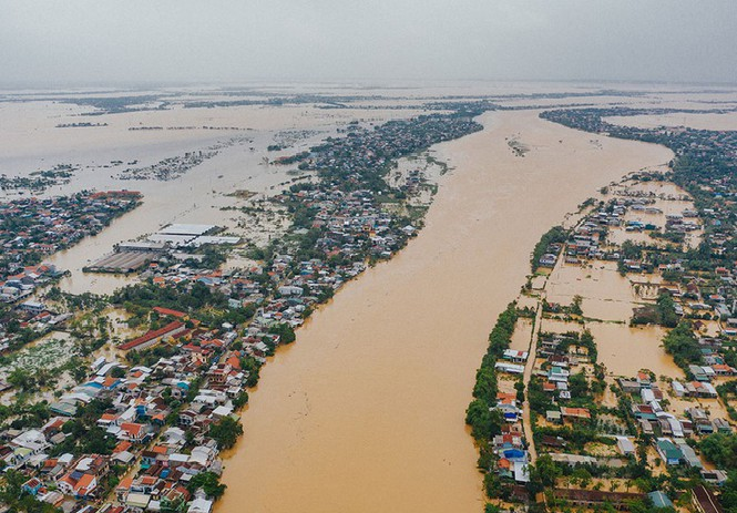 storm nangka heading towards northern north central vietnam flood death toll reaches 21