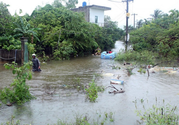 another storm heading toward central vietnam casualties expected to keep rising