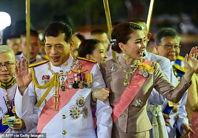 thailands king secretly taken to hospital for coronavirus test foreign media