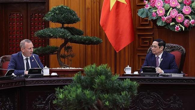 PM: UK – A Top Economic Partner of Vietnam