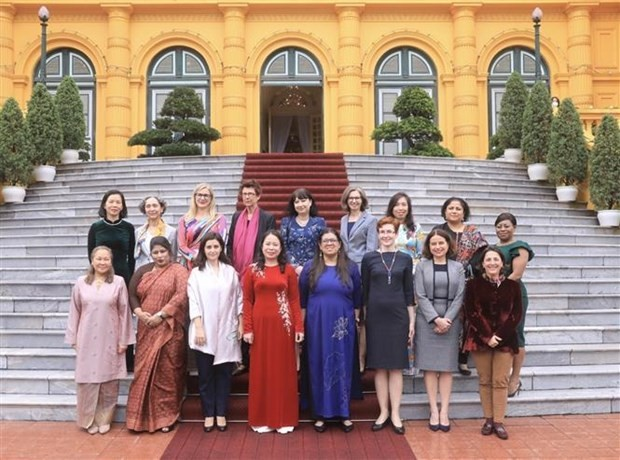 Female Foreign Diplomats Urged to Contribute More to Cooperation