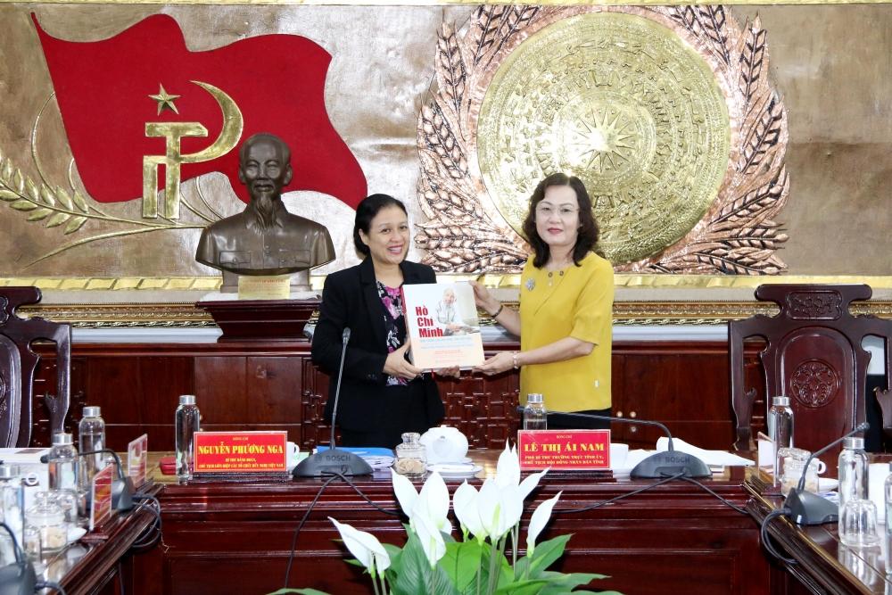 VUFO President promotes Bac Lieu province