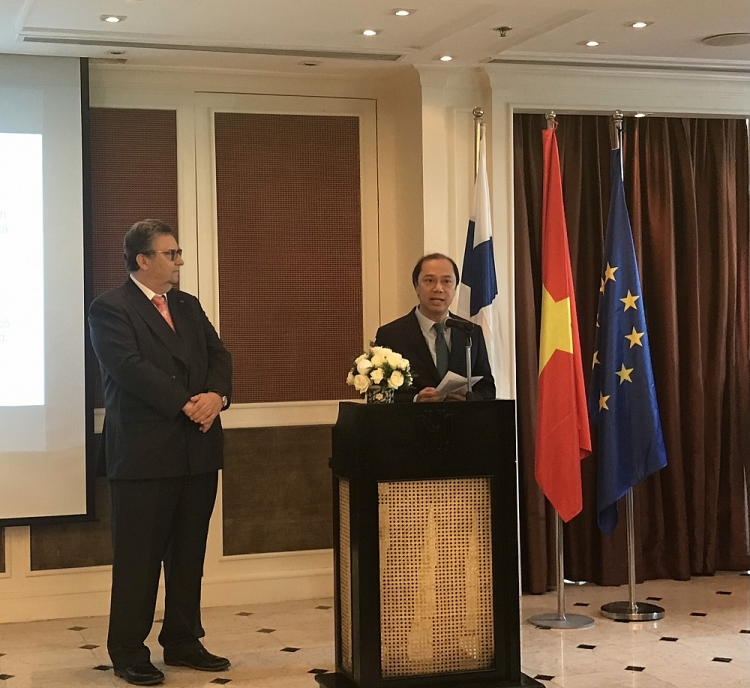 deputy fm calls on finnish firms to enhance cooperation with vietnamese partners