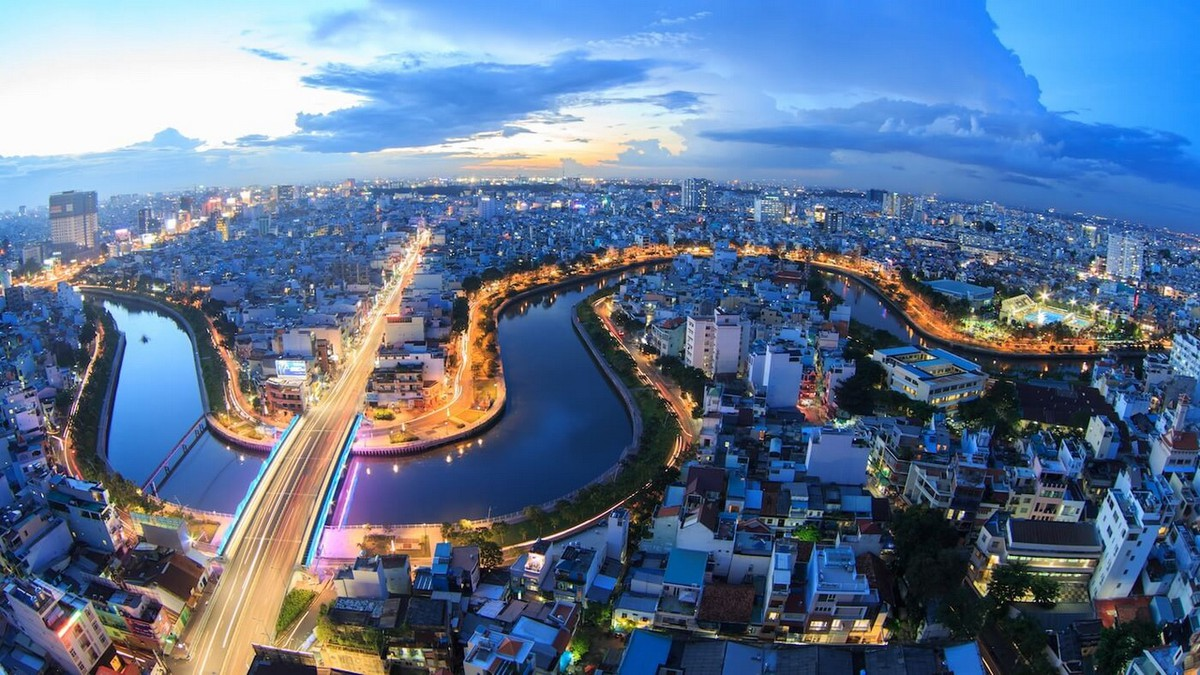 hsbc vietnam still only asean country to evidence positive growth