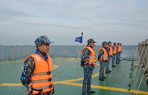 vietnamese chinese coast guards conduct joint patrols in tonkin gulf