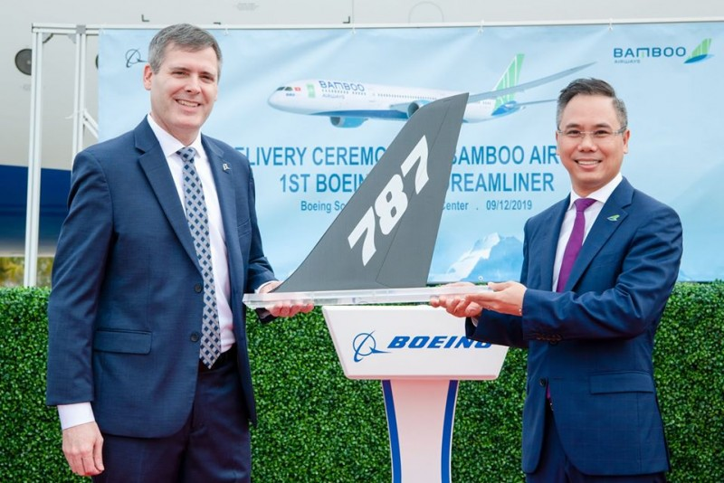 bamboo airways officially receives the first boeing 787 9 dreamliner in usa