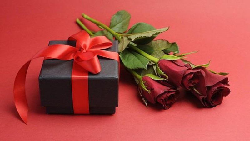 tips of art giving gift on international womens day