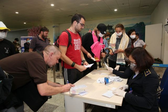 passengers same flight with 17th covid 19 recorded negative result