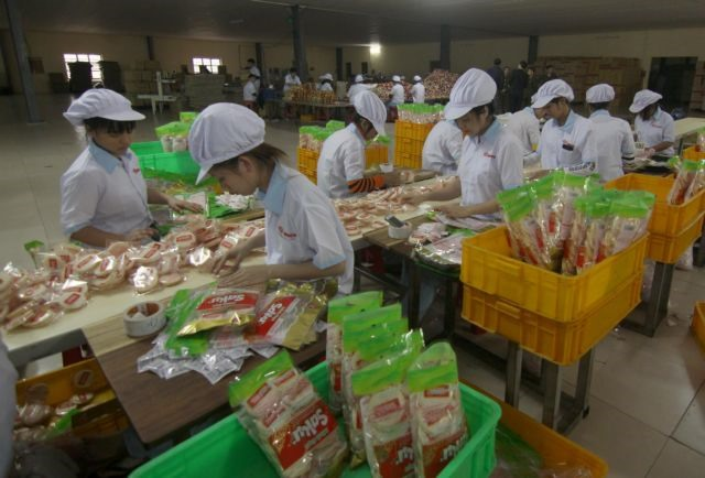 vietnamese confectionery businesses develop together