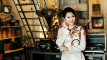 putting customers first is the key to develop your business phuong uyen tran women in business 19126