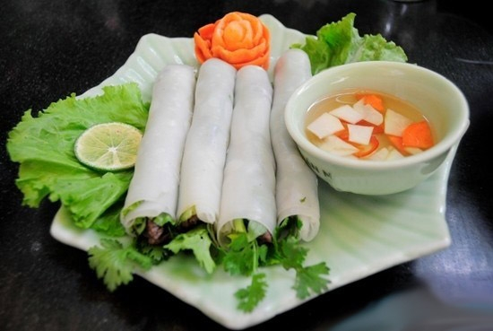 pho cuon an amazing and delicious variation of pho