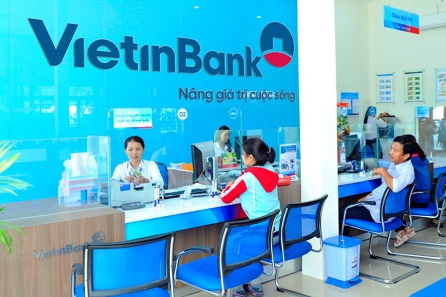 vietnamese banks raise online saving interest rates to attract customers
