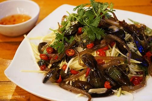 ca xiu tongue shell an exclusive delicacy of ha tien