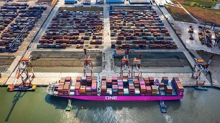 8 groups of goods in Vietnam earning billions of USD export