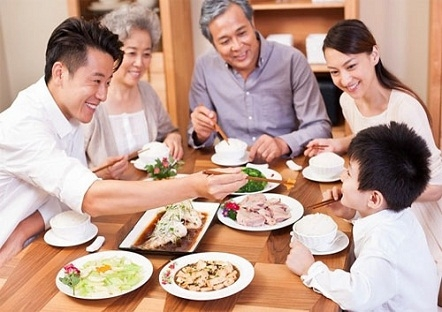 vietnamese tend to favor eating at home due to covid 19