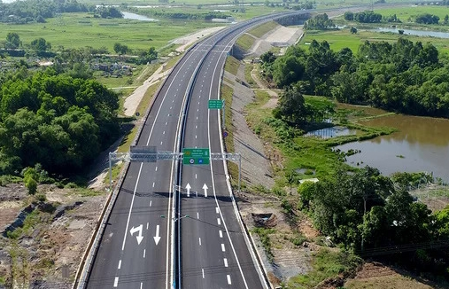 Vietnam North-South Expressway let put out to tender