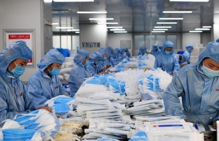Vietnam PM allows the export of medical masks