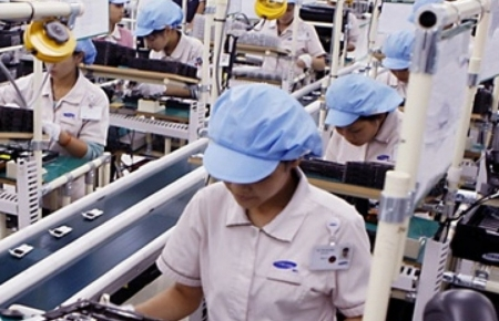 Foreign investment in Vietnam reached US$12.33 billion in the first 4 months