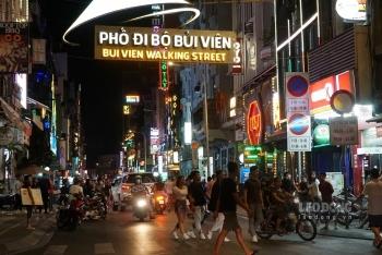 bui vien sai gons backpacker street bustling again photos