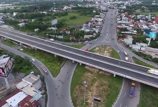 vietnam north south expressway public investment to reduce cost by usd 800 million
