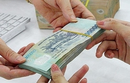 Vietnam government proposes to postpone salary increase in 2020