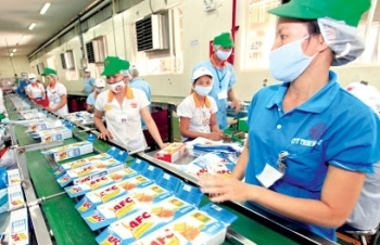 vietnam posts nearly usd 2 billion of trade surplus in the first five months