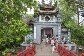 hanoi to promote its beauty advantages to lure tourists