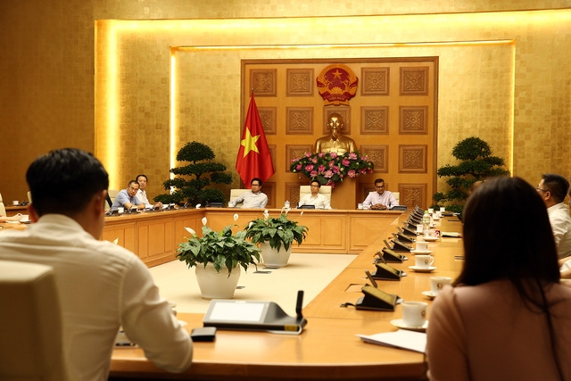 deputy pm meets vietnam business council for sustainable development