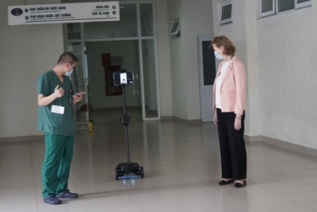 undp donated robots to help protect frontline health workers