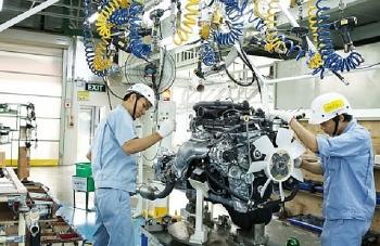 bloomberg vietnamese economy unexpectedly expands despite covid 19