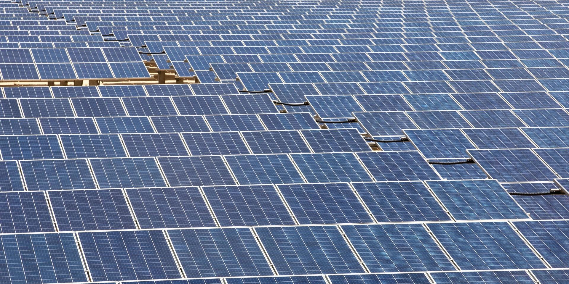 5056 sharp energy solar power plant